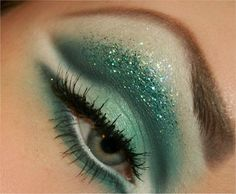 Glitter green eye makeup