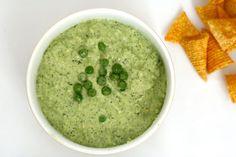 Pretty Peas! Deze bijzondere vultip van Chickslovefood moet je echt proberen.. Weten hoe je 'm maakt? Kijk op de vlog van CLF: www.chickslovefood.com kijk op lays.nl voor meer inspiratie! #BuglesVultip