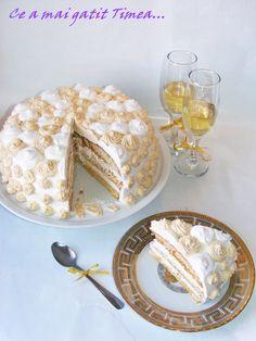 Ce a mai gatit Timea...: Tort cu frisca si caramel