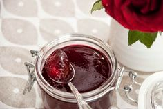 Ripsgele Chocolate Fondue, Jelly, Desserts, Food, Leather, Juice, Tailgate Desserts, Deserts, Marmalade