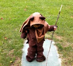 My Charming Colors: no sew ewok costume