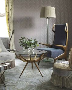 Soft Eclectic Sitting Nook // from The World of Muriel Brandolini Interiors // photo Pieter Estersohn