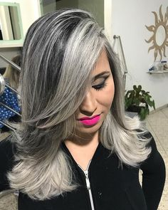 Light Lavender Layers - Purple Ombre Hair Ideas: Plum, Lilac, Lavender and Violet Hair Colors - The Trending Hairstyle White Ombre Hair, Light Purple Hair, Silver White Hair, Grey Hair Don't Care, Gray Hair, Silver Haired Beauties, Violet Hair Colors, Mid Length Hair, Hair Color Highlights