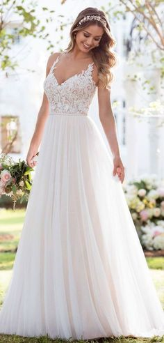 Trendy Wedding Dresses Lace Tulle A Line Stella York Ideas Fancy Wedding Dresses, Wedding Dress Sleeves, Long Sleeve Wedding, Princess Wedding Dresses, Tulle Wedding, Boho Wedding Dress, Bridal Dresses, Wedding Gowns, 2017 Wedding