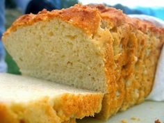 """Quanto menos glúten e lactose na nossa alimentação, melhor.E este é um pão sem glúten diferente.Ele é mais macio e mais """"fofinho"""" que a maioria dos pães sem essa substância."""