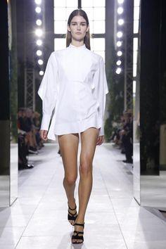 Balenciaga Ready To Wear Spring Summer 2014 Paris - NOWFASHION