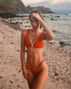 Maui with Elisabeth Rioux Red Bikini, Bikini Girls, Thong Bikini, Bikini Swimsuit, Bikini Babes, Fitness Motivation, Fit Girl Motivation, Girl Pictures, Girl Photos
