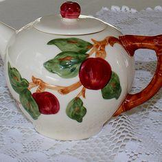 Franciscan Ware Apple Teapot