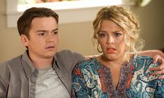 Still of Busy Philipps and Dan Byrd in Cougar Town (2009)