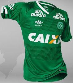 Umbro divulga novos uniformes da Chapecoense - Show de Camisas