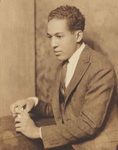 Langston Hughes | 33 Literary Geniuses Who Happen To Be Super Hot