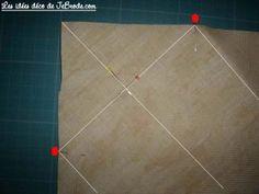 JeBrode.com: Une petite bourse vide-poche en origami Pochette Portable Couture, Vide Poche, Quilts, Crochet, Molde, Sewing Projects, Bushel Baskets, Fabric Basket Tutorial, Patchwork Pillow