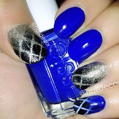 Oh Essie Winter Collection, you did well. Colours used: Butler Please (Blue) and Beyong Cozy (Gold)... This blue is to DIE for  - @naildecor