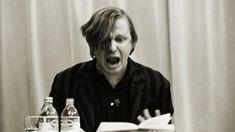 Sein Auftreten war legendär, seine Stimme unvergesslich, sein früher Tod ein Schock: Als Thomas Kling 2005 mit nur 47 Jahren an Lungenkrebs starb, verlor die deutsche Literatur ihren bedeutendsten Sprachkünstler. Nun erscheint eine große Werkausgabe.