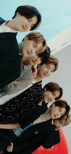 Sonho…Sempre estarei com vcs meus bbs❤ – bocek – How to choose the perfect g… – BTS Wallpapers Bts Lockscreen, Foto Bts, K Pop, Bts Taehyung, Bts Bangtan Boy, Jimin Jungkook, Bbs, V Bts Wallpaper, Bts Group Photo Wallpaper