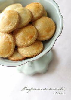 - VANIGLIA - storie di cucina: Profumo di biscotti.