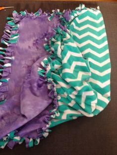 Monkey See Monkey DIY: make your own no sew, double sided, fleece tie blanket
