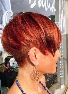 New Short Hairstyles, Short Pixie Haircuts, Trending Hairstyles, Pixie Hairstyles, Bob Haircuts, Red Pixie Haircut, Hairstyles Pictures, Asymmetrical Hairstyles, Girl Haircuts