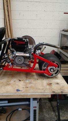 212 cc modified predator motor on custom built 3 wheeled go kart straight pipe.