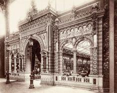 The Ceramics Gate inside the Galerie des 30 Mètres at the 1889 World Fair, Paris Architecture Baroque, Classical Architecture, Old Paris, Vintage Paris, Victorian Photos, Exhibition, Expositions, Rare Pictures, World's Fair