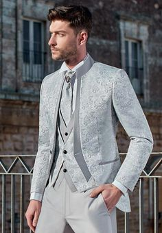 Looking at our website is time well spent. Just click the link to read more about white and black tuxedo wedding. Check the webpage to read more. Cheap Mens Fashion, Dope Fashion, Mens Fashion Suits, Mens Suits, Fashion Shirts, Fashion Clothes, Groom Wear, 3 Piece Suits, Blazer Outfits