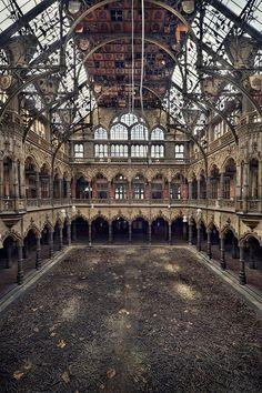 chamber of commerce by Sven Fennema