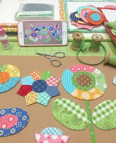 Bee In My Bonnet: Sew Simple Shapes - Patchwork Flower Garden Tutorial!