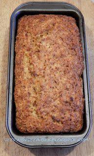 Когда вы достанете готовый кекс из духовки,на вашей кухне растелится приятный аромат свежеизпеченного морковного кекса.... Если вам т...