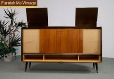 Retro Grundig Stereo Console with Record Player Mid Century Modern Furniture, Mid Century Modern Design, Mid Century Style, Record Player Cabinet, Stereo Cabinet, Entertainment Furniture, Home Entertainment, Vintage Stereo Console, Mcm Furniture