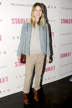 Dree Hemingway goes casual for the red carpet, what do you think?
