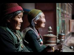 Nepal in the restricted area of Mustang: Elderly women sit in Lo Manthang to spin prayer wheels and pray together. This is a daily communal ritual for most retired Loba. (Taylor Weidman/The Vanishing Cultures Project) # Om Mani Padme Hum, Mantra, Tai Chi, Mustang, Rain Shadow, Buddha, Mudras, Les Continents, The Vanishing