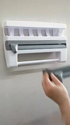 Cool Gadgets To Buy, Cool Kitchen Gadgets, Home Gadgets, Kitchen Hacks, Diy Kitchen, Cool Kitchens, Kitchen Decor, Kitchen Ideas, Amazing Gadgets