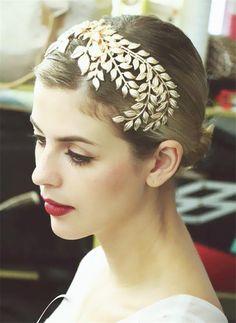 $25 Metal Leaf tiara  Crystal Tiara Hair Comb Hair Clip Metal Leaf Head Jewelry Bridal Hair Accessories Wedding Decoration Headpiece WIGO0499 Aliexpress.com