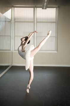 Her feet/pointe takes my breath away!