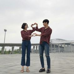 New post on pinkhaneul Couple Poses Reference, Ulzzang Couple, Young Love, Fashion Couple, Couple Posing, Lust, Boy Or Girl, Mom Jeans, Korean