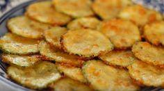 Chips de abobrinha: pode não parecer, mas esse petisco é DE-LI-CI-O-SO!