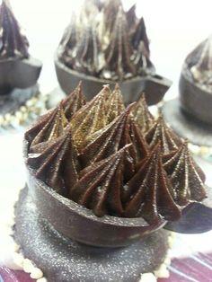 Belgium chocolate cup Belgian Chocolate, Chocolate Cups, Best Chocolate, Belgium, Healthy, Inspiration, Ideas, Art, Biblical Inspiration