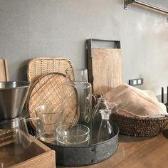 Kitchen Interior, Room Interior, Interior Design, Kitchen Tools, Kitchen Appliances, Japanese Kitchen, Natural Kitchen, Minimalist Living, Küchen Design