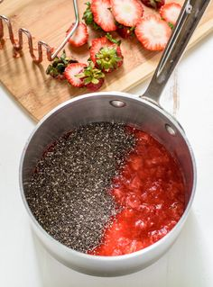 A delicious and easy strawberry chia jam made with only 3 ingredients! This is the perfect way to use up extra summer fruit, and it's healthy too. Healthy Homemade Snacks, Healthy Low Carb Recipes, No Dairy Recipes, Jam Recipes, Healthy Desserts, Sweet Recipes, Vegetarian Recipes, Paleo Food, Canning Recipes