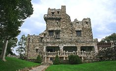 The exterior of Connecticut's Gillette Castle is made from local fieldstone and has medieval features. (From: Photos: 12 Amazing Castles You Won't Believe Are in America)