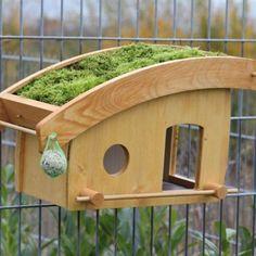 XXL Vogelfutterhaus mit Dachbegrünung Moos: Amazon.de: Haustier