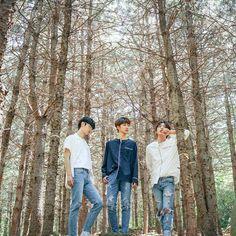M.O.N.T under FM Entertainment, from l>r Bitsaeon(Kim Sangyeon), Roda(Shin Jungmin) & Narachan(Jung Hyungwoo)