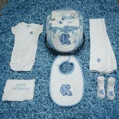 North Carolina Tar Heels Baby Cake Gift Set (for his Daddy)