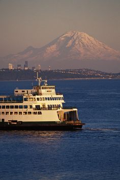 Seattle Washington the only place to take a REAL ferry boat ride. The elusive Mt. Rainier in the background. Seattle Washington, Washington State, Seattle Area, Seattle Ferry, Places To See, Places To Travel, Beautiful World, Beautiful Places, Evergreen State