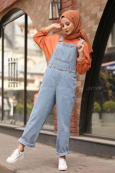 Hijab styles 614108099170194651 – Lamelif Açık Mavi Premium Tulum Source by e… - Hijab fashion Modest Fashion Hijab, Modern Hijab Fashion, Street Hijab Fashion, Hijab Fashion Inspiration, Hijab Chic, Muslim Fashion, Fashion Clothes, Fashion Women, Fashion Outfits