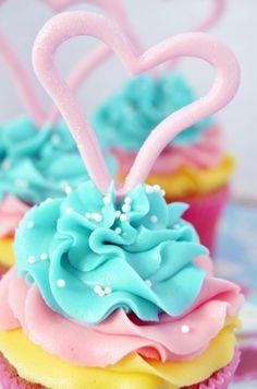 Cupcakes tricolor... De limón con buttercream de coco