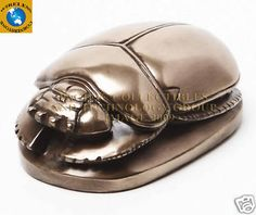 EGYPTIAN SMALL SCARAB Egyptian Scarab, Egyptian Art, Beetles, Project Ideas, Carving, Glitter, Gold, Animals, Design