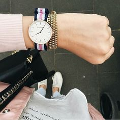 'A woman's life is better in Pink' - @ttati_xx and her MAURïNO 'Ivy' watch! #mymaurino Get your Christmas Gift now at www.onemaurino.de