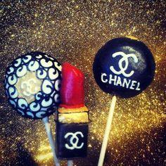 I like the lipstick