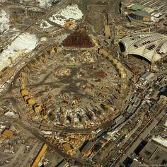 Construction du stade olympique. 1975.